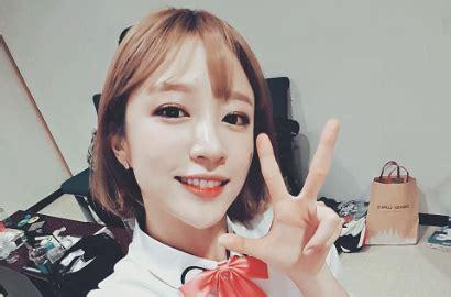 Kaos Exid Korea Kpop pamer foto di pameran seni hani exid kembali dibilang