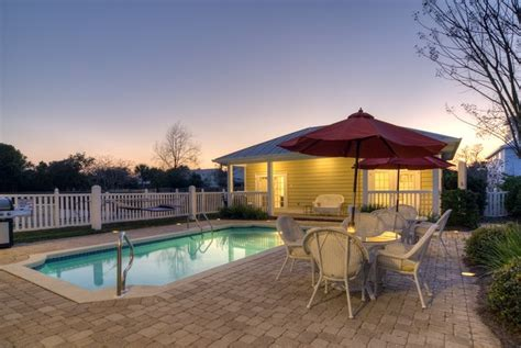 crystal beach destin florida rentals 9 best images about crystal beach vacation rental sand