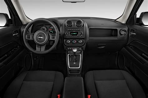 electric and cars manual 2011 jeep patriot interior lighting 2012 jeep patriot reviews and rating motor trend