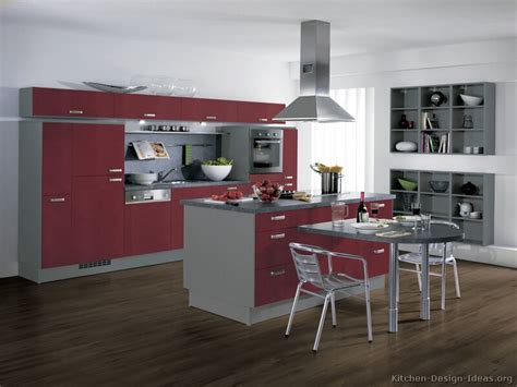 Kitchen Island Small Kitchen by European Kitchen Cabinets Pictures And Design Ideas