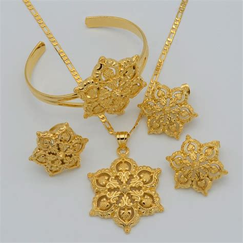 Set Kalung Anting Flower Jewelry Cantik Rbcfbd 194 best images about gold jewellery on antique gold jewellery and ornaments
