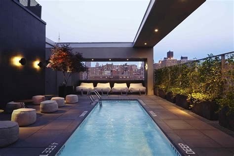 Best Roof Top Bars by 21 Rooftop Bars In Nyc With Epic Skyline Views