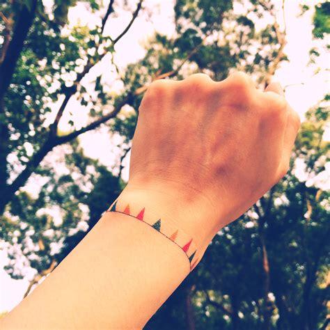 fake wrist tattoos 2pcs mini bunting color bracelet inknart