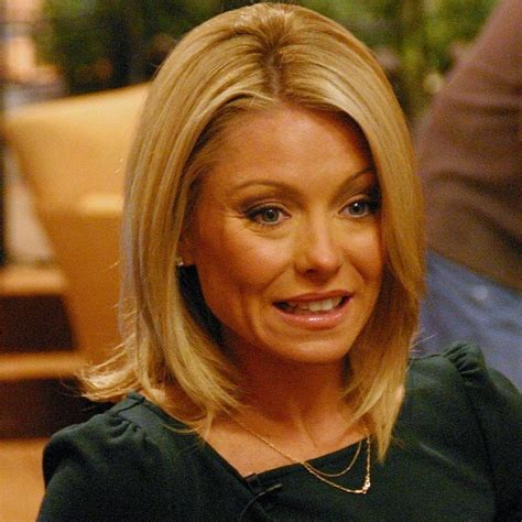 what is the net worth of linda ripa kelly ripa bio net worth height facts dead or alive