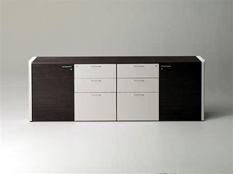 ufficio pra lucca de symetria mobile ufficio by i 4 mariani design luca
