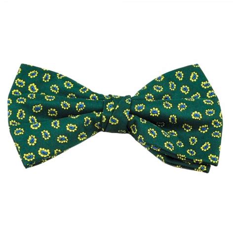 yellow pattern bow tie green with yellow blue paisley patterned men s bow tie