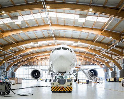 amac aviation amac aerospace receives new contracts for maintenance