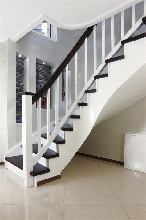 betontreppe streichen innen betontreppe innen betoncharme im wohnhaus stilelement