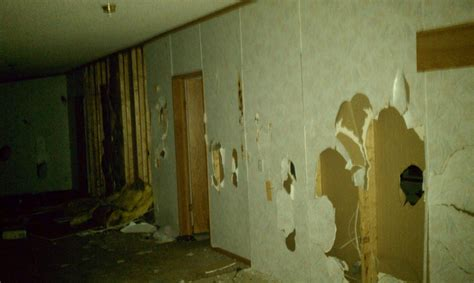 what is a redemption period in a foreclosure ehow vandalism during the foreclosure redemption period