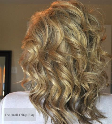 wand curled hairstyles 17 best ideas about curling wand styles on pinterest