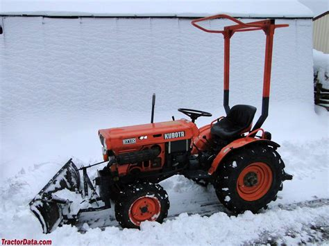 kubota b7100 tractordata kubota b7100 tractor photos information