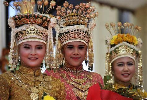 Ciri Ciri Baju Adat Aceh fitinline pakaian adat aceh