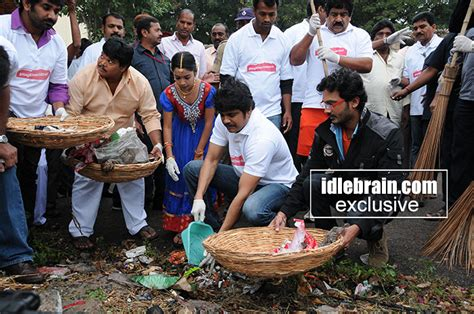 aktor film vow actor nagarjuna takes vow to sustain swachh b harat