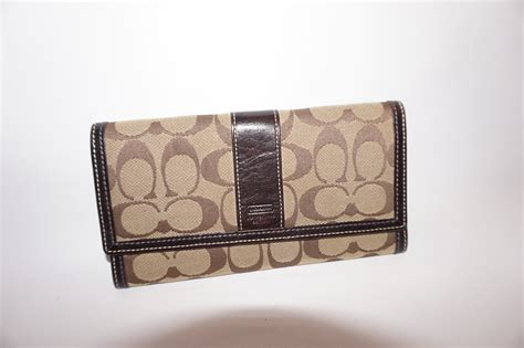Coach Card Holder Wallet Original Authentic Dompet Kartu Id authentic brown signature coach wallet on storenvy