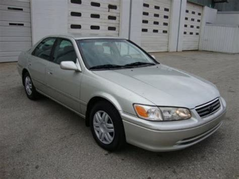2000 Toyota Camry Size 2000 Toyota Camry Le Data Info And Specs Gtcarlot