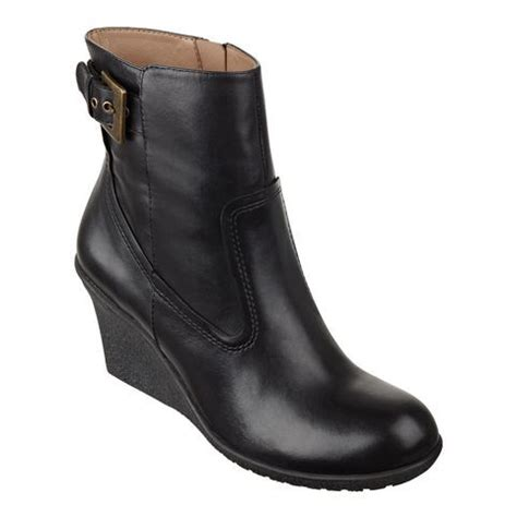 comfortable travel boots 187 best images about travel comfortable shoes on