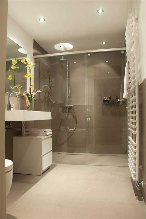 design badkamer inspiratie 25 beste idee 235 n over warme badkamer op pinterest