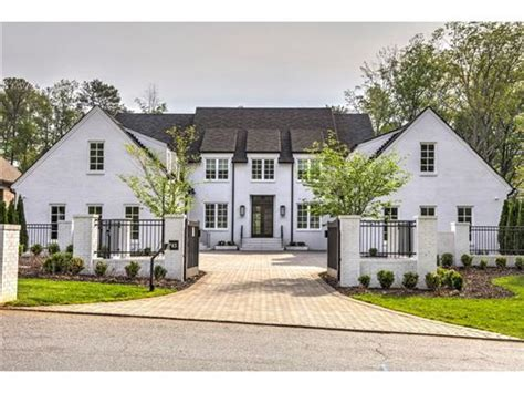 Atlanta Luxury Homes Gated Communities Custom Gated Estate Luxury Homes Mansions For Sale Luxury Portfolio