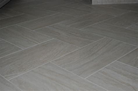 ideas about tile floor patterns wood tiles plus ceramic tile herringbone pattern tile design ideas