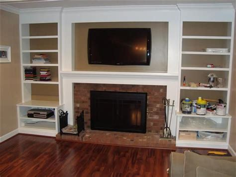 built in bookshelves around tv 25 best ideas about bookshelves around fireplace on