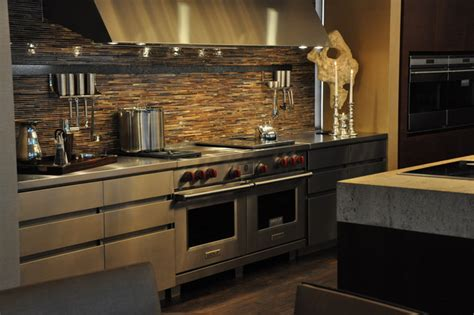 kitchen appliances: Wolf Kitchen Appliances