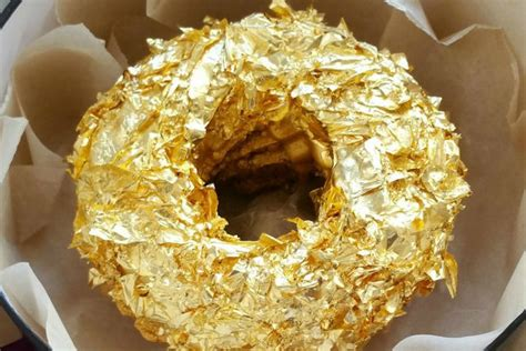 Donat Gold get yourself a gold covered donut