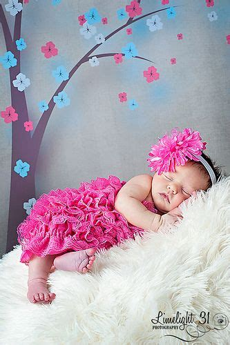 39 incredibly adorable newborn photo shoot ideas to hold newborn baby girl photography use wall decorations as a
