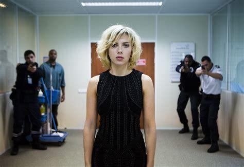 film lucy kritik bild von lucy bild 27 auf 36 filmstarts de