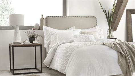 how to spruce up your bedroom how to spruce up your bedroom how to give your room a