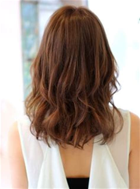 hair in front shoulder length in back hair style on pinterest beleza medium hairstyles and