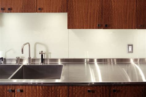What Is the Best Under Cabinet Lighting?