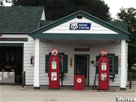 restored 1930s texaco gas station, dwight, illinois