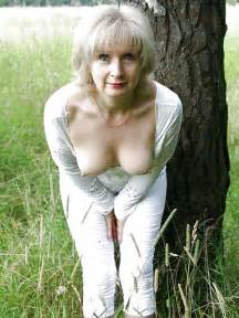 piping hot grannies this site dedicated to older with an increment of