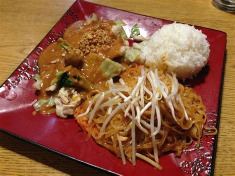 thaiger room thaiger room seattle rating 4 5 district menu prices restaurant reviews