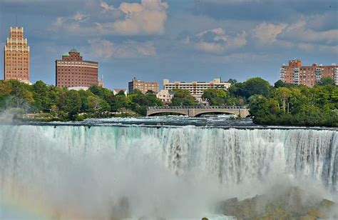 Honeymoon Giveaway 2017 - niagara falls in two days honeymoon giveaway