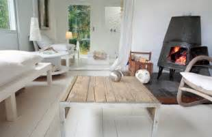Scandinavian Style by Scandinavian Interior Designs