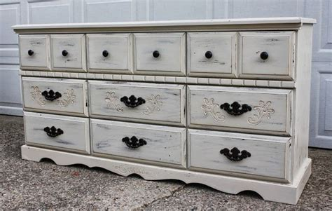 Distressed White Dressers by Antique White Distressed Dresser Painted Furniture