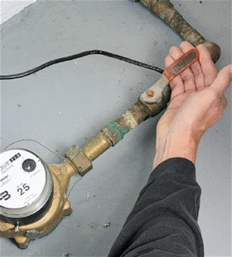 gas shut valve in cabinet how to locate and turn water shut valves