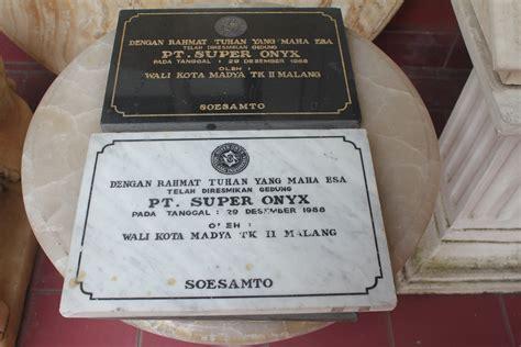 Vas Air Kecil Onix Tulungagung 081334415874 simpati prasasti marmer prasasti batu onyx