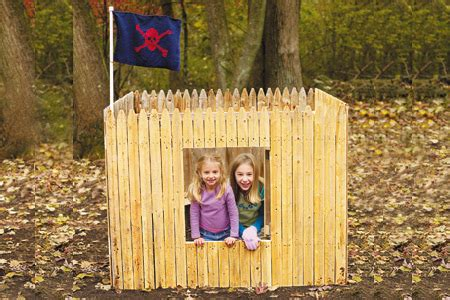 Build A Backyard Fort by 25 Diy Hideouts Forts Tents Teepees And Playhouses