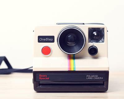 thin blue line: polaroid camera