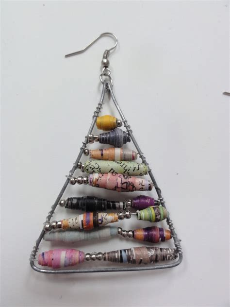 Paper Craft Earrings - anthropologie inspired paper bead earrings 183 how to make a