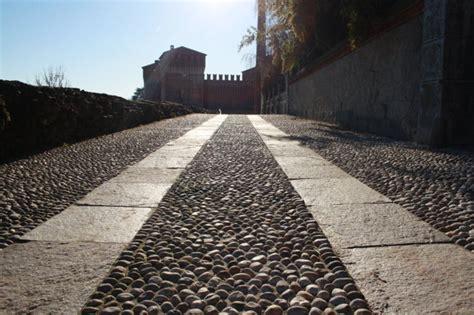 pavimento ciottoli pavimento in ciottoli aciottolato fratus pavimentazioni