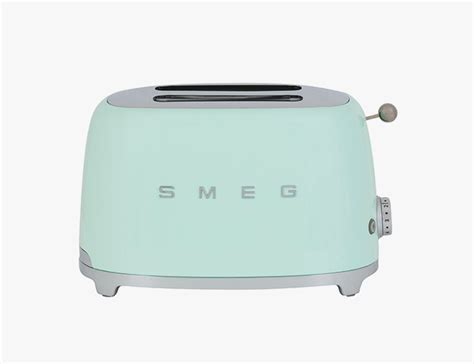 Best Looking Toaster 5 Toasters You Ll Want To Leave Out On Your Counter Gear