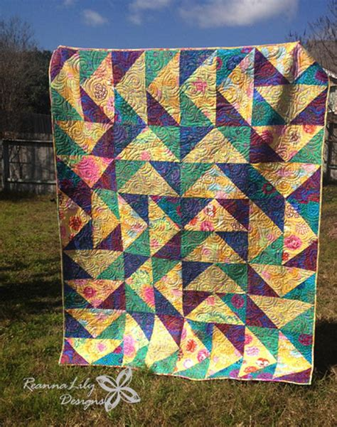 Flying Geese Quilting Pattern by Flying Geese With Layer Cakes Quilt Favequilts