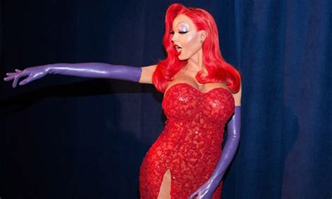 heidi klum stuns in elaborate jessica rabbit halloween heidi klum is queen of halloween as jessica rabbit