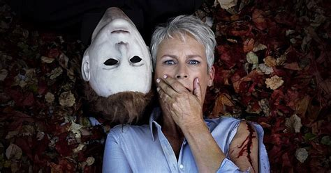 jamie lee curtis new movie michael myers jamie lee curtis cozy up in new halloween
