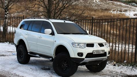 lifted mitsubishi outlander mitsubishi pajero sport lifting by ome 33 quot cooper drive2