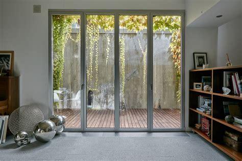 una casa con una piscina soprendente ideas arquitectos