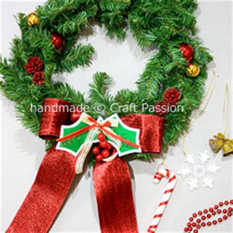 Hiasan Pohon Natal Tree Ribbon Slinger wreath how to diy tutorial craft page 2 of 2